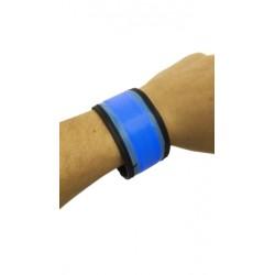 Világító fényvisszaverő karkötő, 35 cm - kék