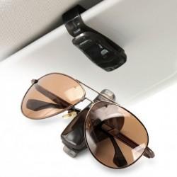Napszemüvegtartó autóba